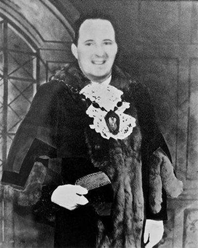 Ieuan Banner Mendus As Mayor Of Workington