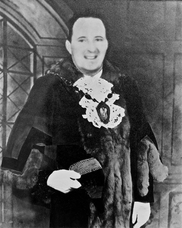 Ieuan Banner Mendus as Mayor of Workington