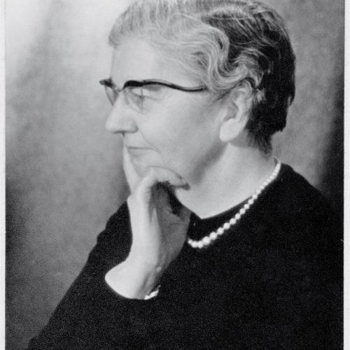 Winnie Collins