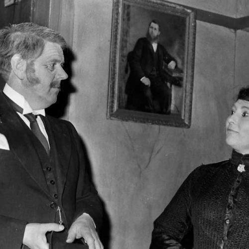 Geoff Hool (Henry Hobson) And Barbara Singleton (Maggie Hobson)